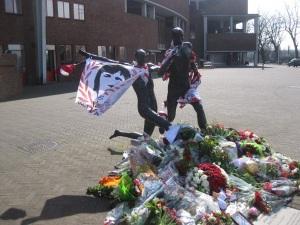 Johan Cruijff standbeeld weblog 8